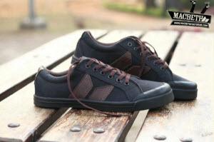 Sepatu Macbeth
