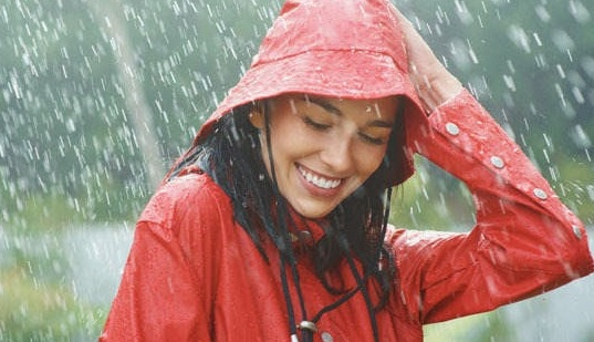 Jangan Kalah dengan Hujan, Ini 6 Cara Agar Tubuh Tetap Sehat!